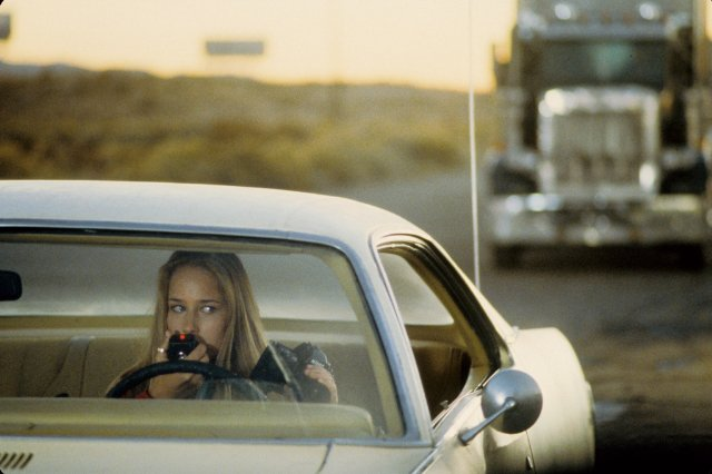 Leelee Sobieski in Joy Ride.