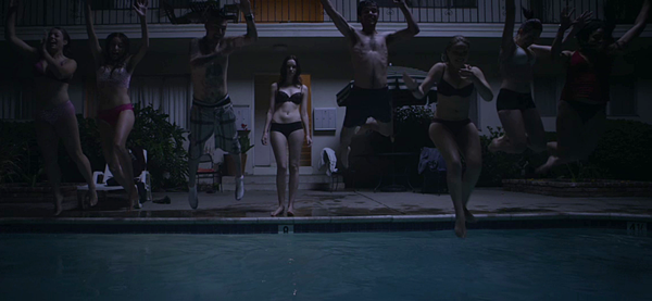 Starry Eyes 2014 still