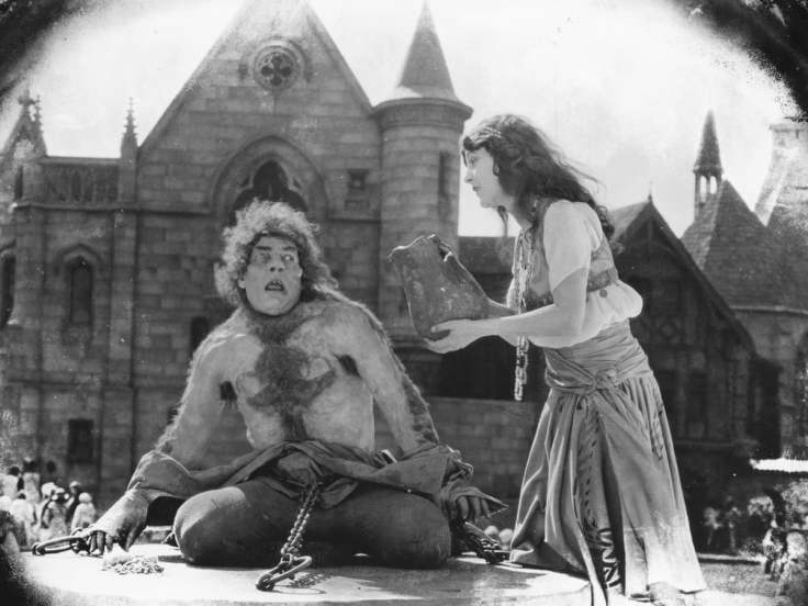 The Hunchback of Notre Dame 1923 screenshot 1